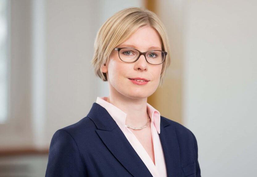 Dr Christine Bader