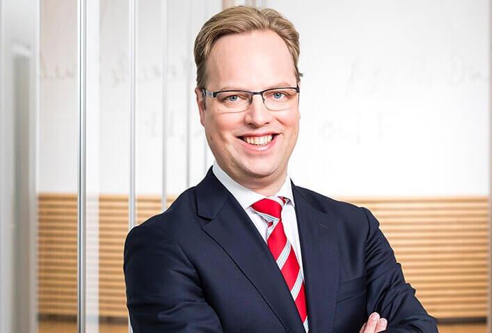Dr F. Maximilian Boemke