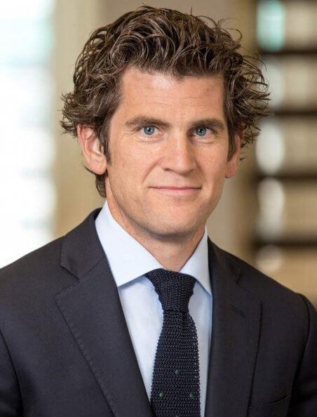 Dr Clemens Hillmer LL.M.