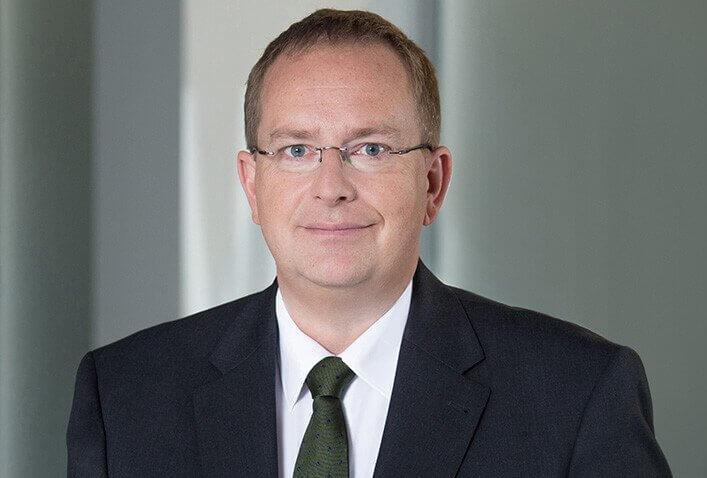 Dr Simon Preisenberger